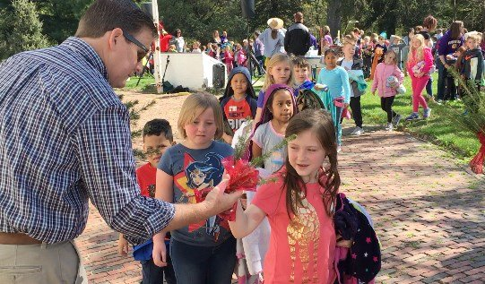Howard highlights Arbor Day Foundation as School of Forestry celebrates 75 years