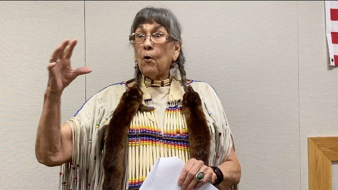 Tales at Native American Artifact Show highlight tools, trails, captain's marriage