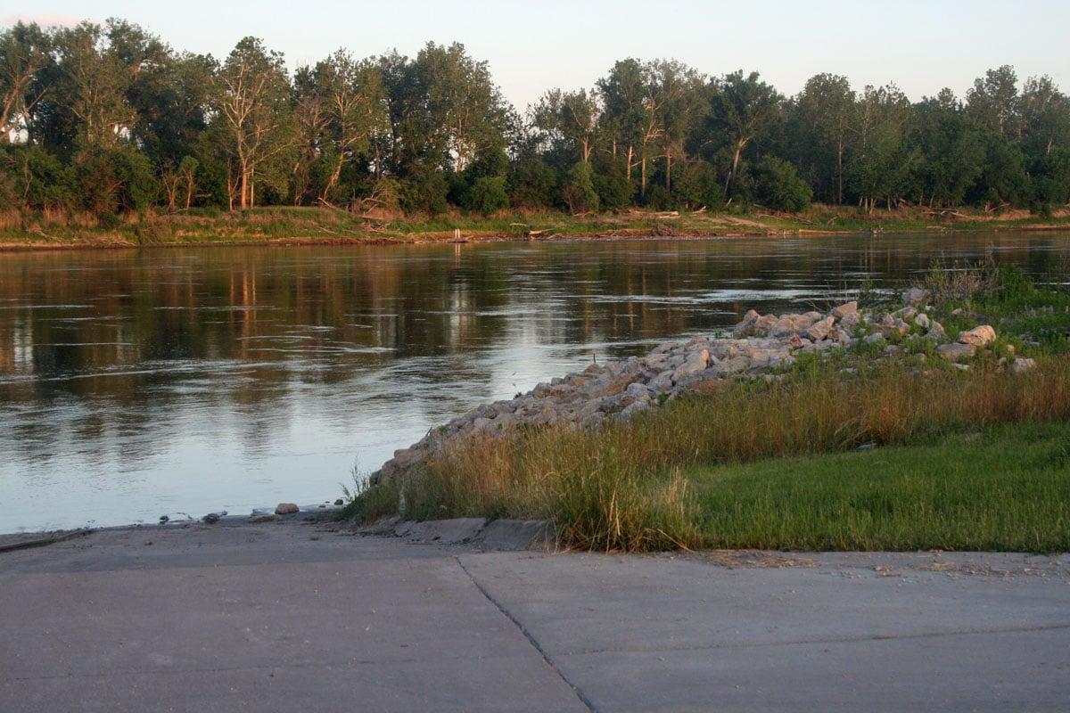 Riverfront may sail to Plattsmouth Boat Club