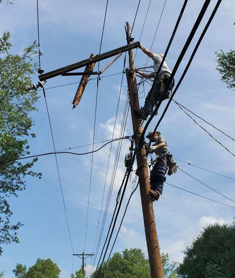 OPPD reports progress on outages caused by 'hurricane-force' winds